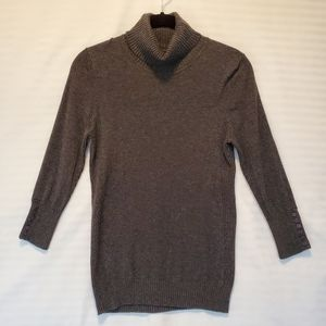 Express turtleneck sweater 3/4 sleeves small
